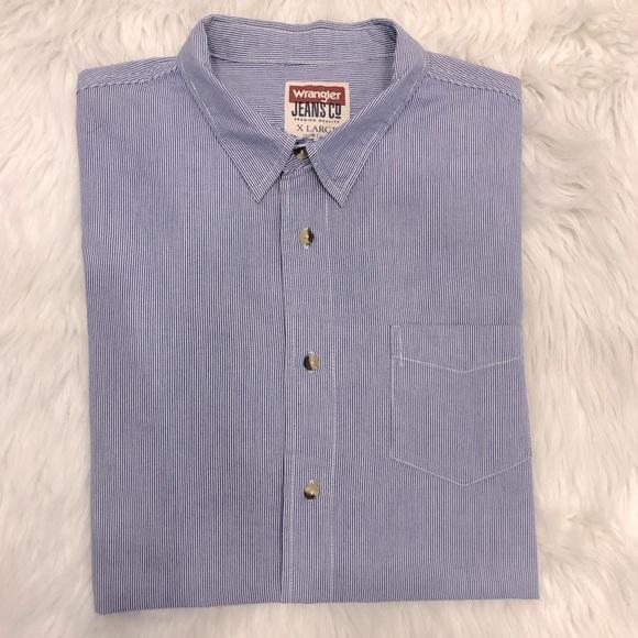 Wrangler Jeans Co. Button Down Dress Shirt 👔